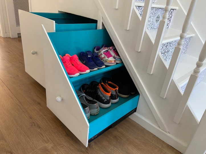 how to build under stairs drawers