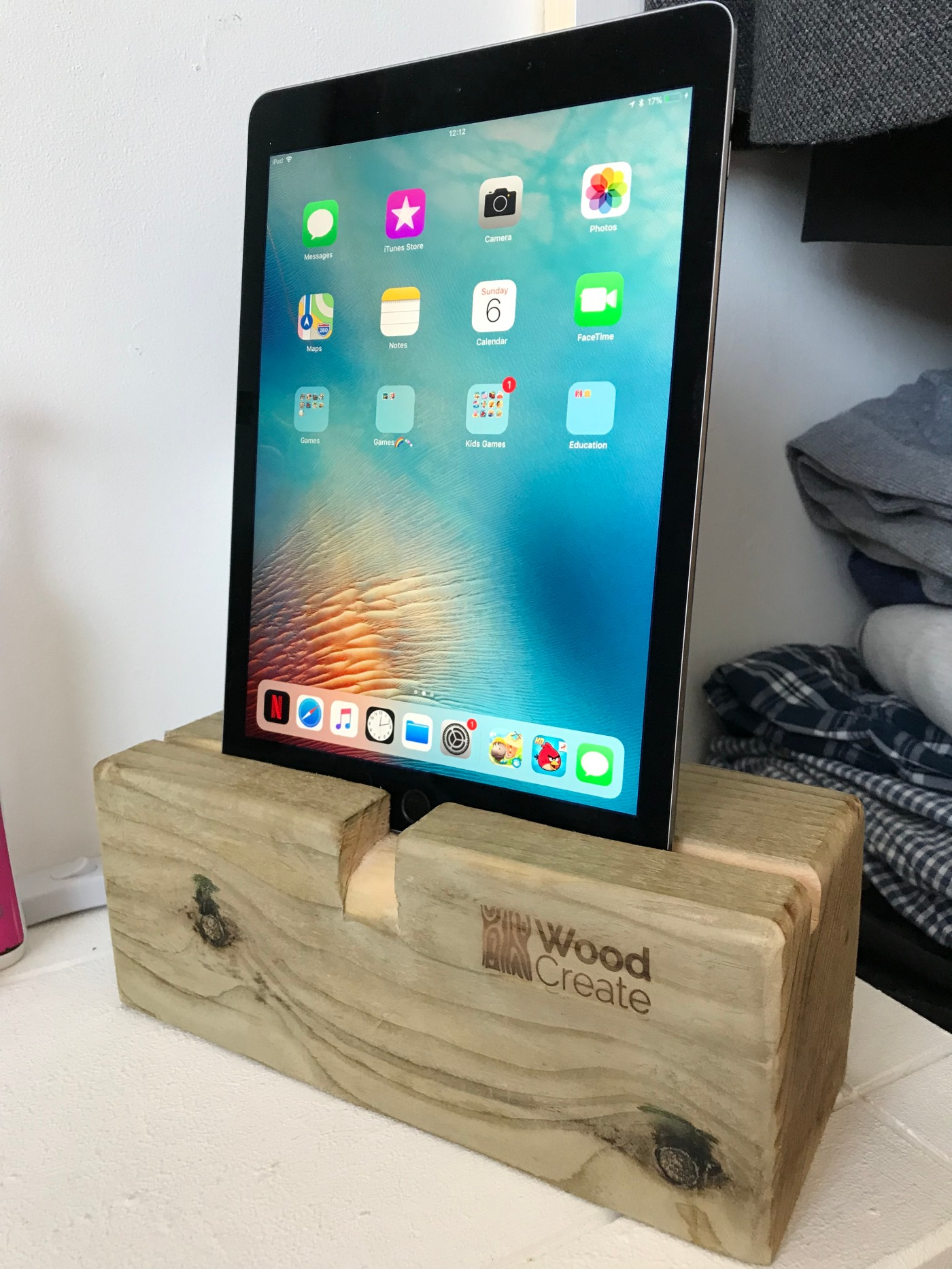 iPad iPhone charger dock