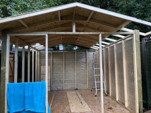 how to build your own shed - the roof